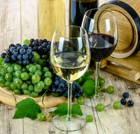 guide to how to import wine to vietnam
